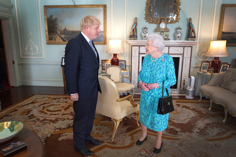 Queen-elizabeth-boris-johnson-2