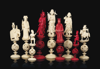 2013_CSK_09059_0575_000(a_large_chinese-export_ivory_puzzle-ball_figural_chess_set_canton_seco)