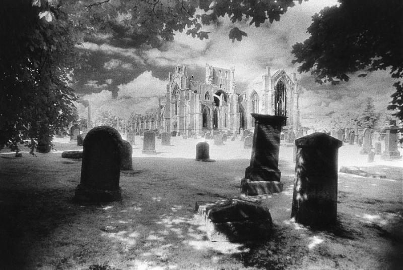 Melrose-abbey-simon-marsden